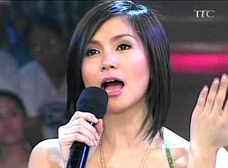 Wowowee co-host Mariel Rodriguez